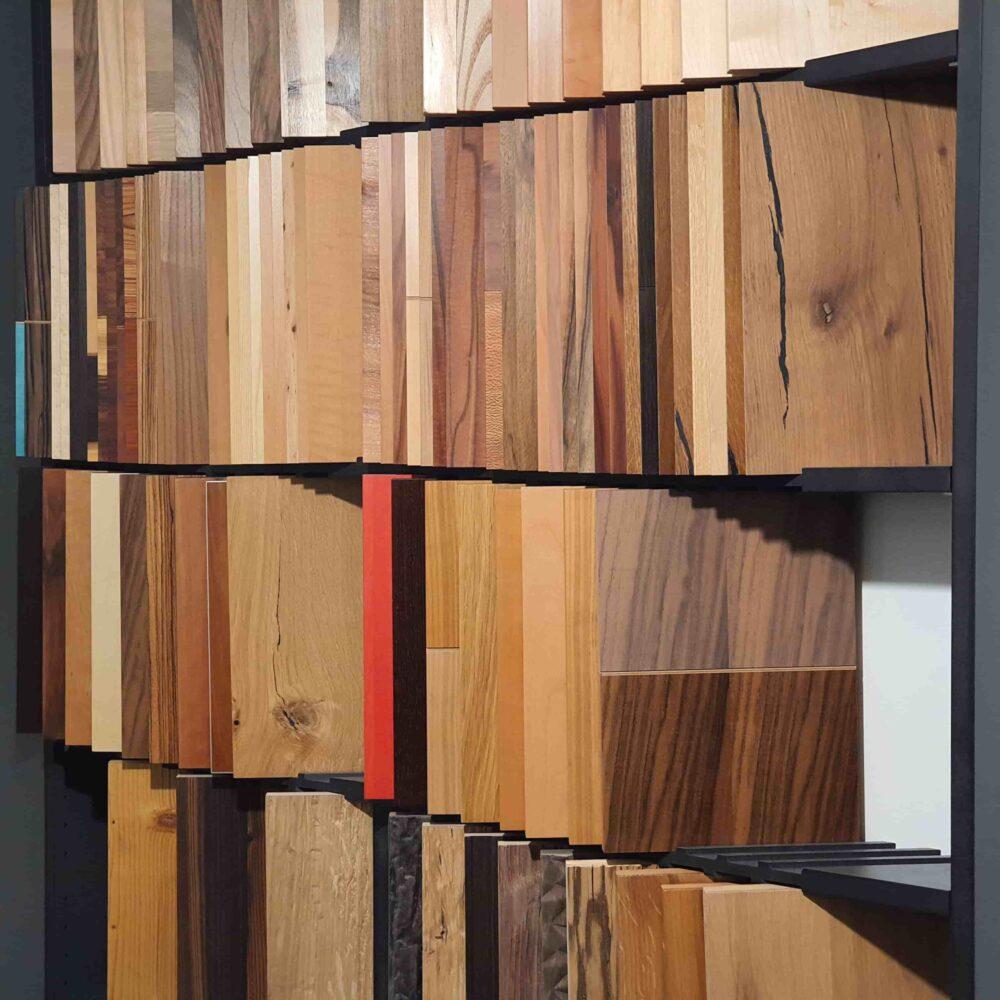 Ausstellung_ Wooddesign_Küchen_Möbel_ Schreinerei_Möbelwerkstatt_Tischlerei_Möbelschreinerei01 (7)