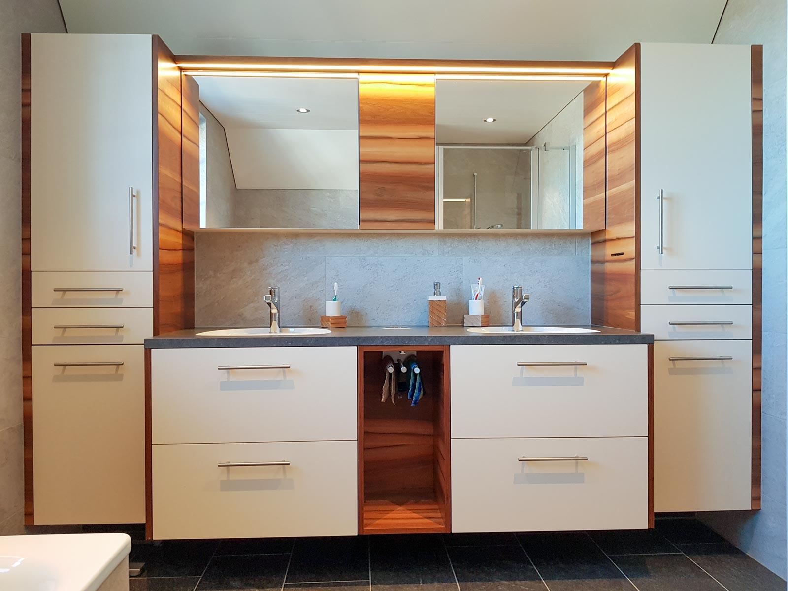 Wooddesign_Badmöbel_ BadeZimmer_ Umbau_modern-Altholz (4)