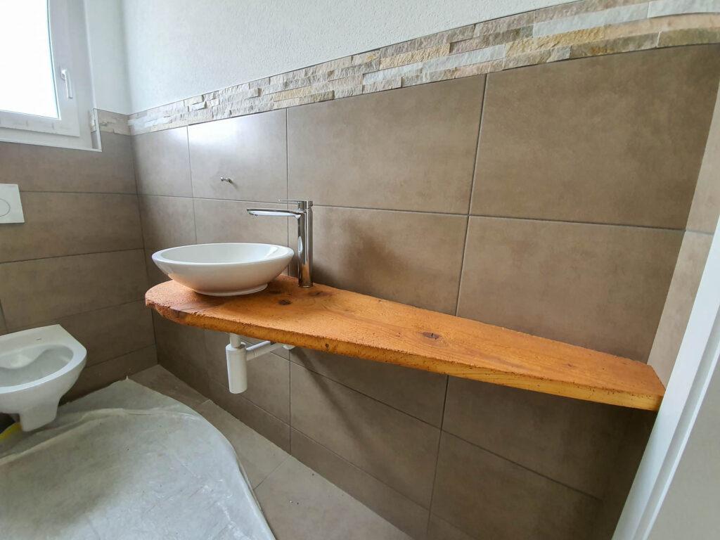Wooddesign_Badmöbel_Gäste_WC_Altholzabdeckung_rundes Aufsatzbecken (2)