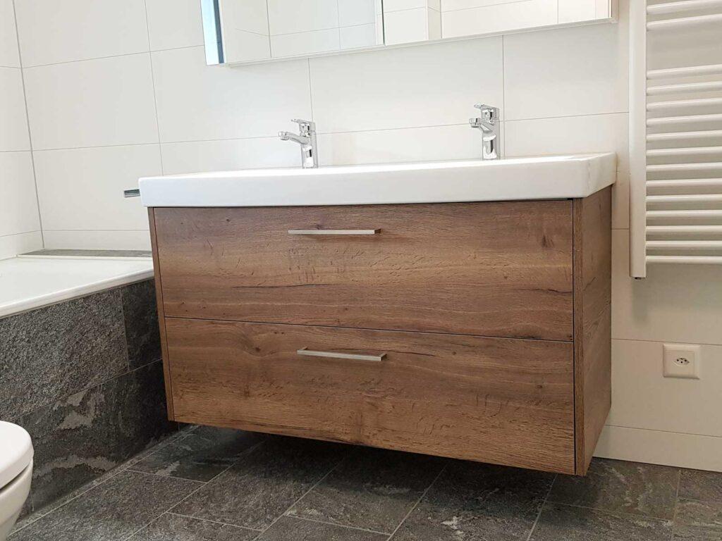 Wooddesign_Badmöbel_Unterbaumöbel_Eichendecor_Spiegelschrank (1)