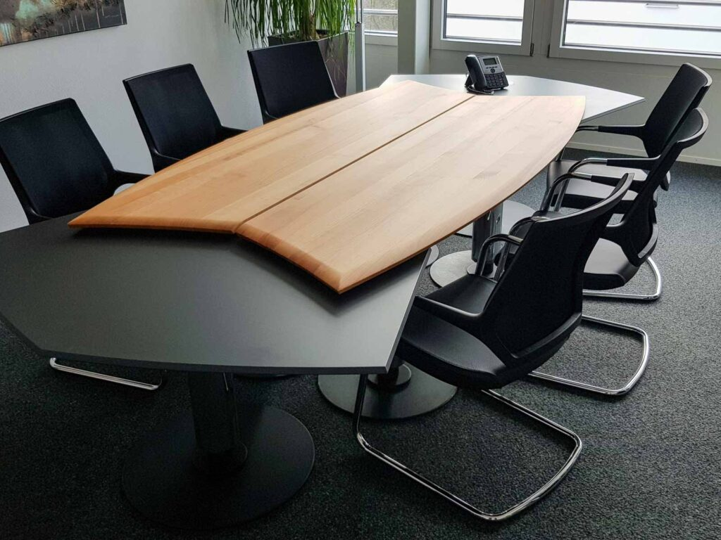 Wooddesign_Besprechungstisch_Sitzungstisch_Holz_Dunkel (1)