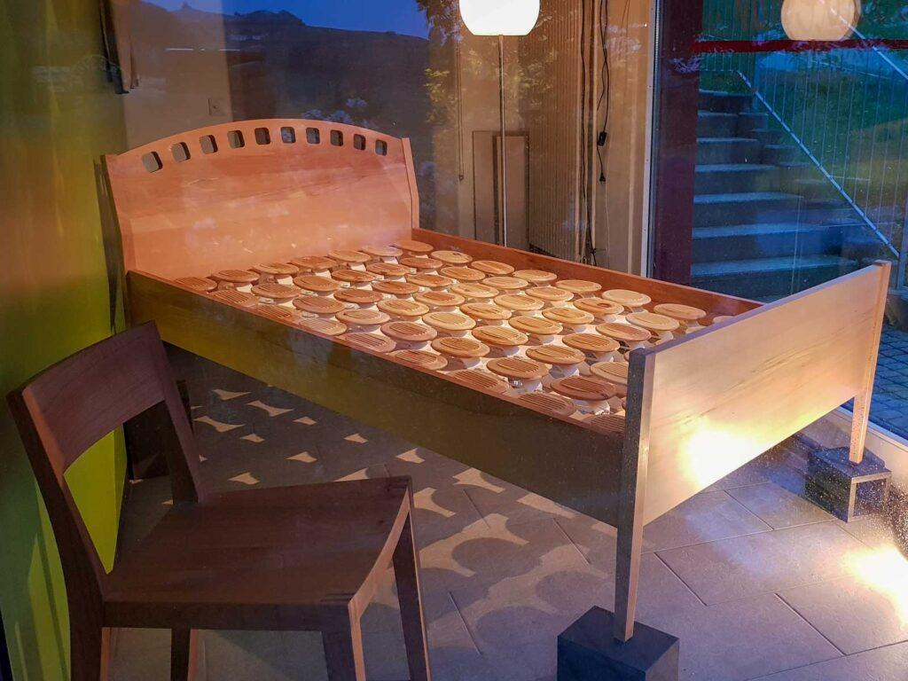 Wooddesign_Bett_Trinatura_Kopfteil_Buche_ Holz (1)