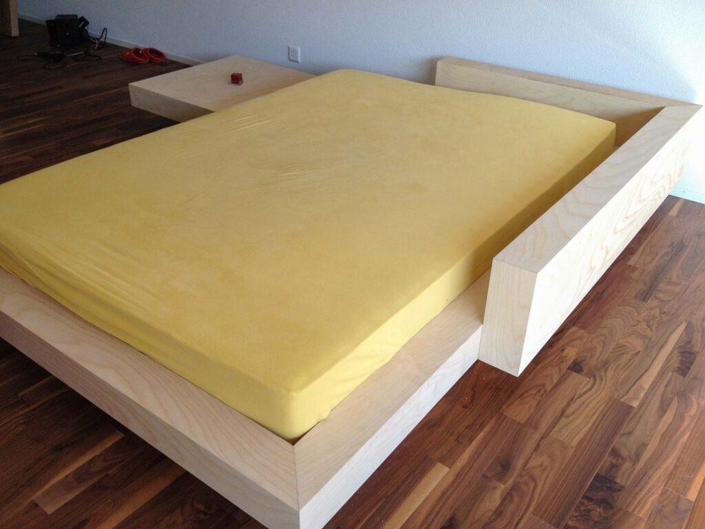 Wooddesign_Bett_Trinatura_modern_Jugendbett_Birken Multiplex (1)
