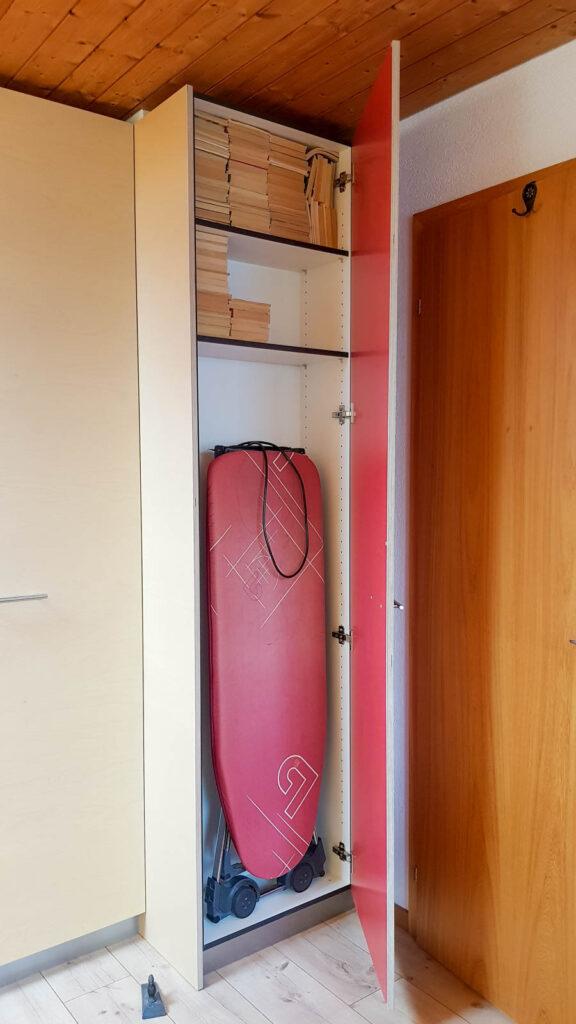 Wooddesign_Büro_Homeoffice_Schreibtisch_Vitrine_Regal_Schubladen_Wandschrank_Lesezimmer-Arbeitszimmer (6)