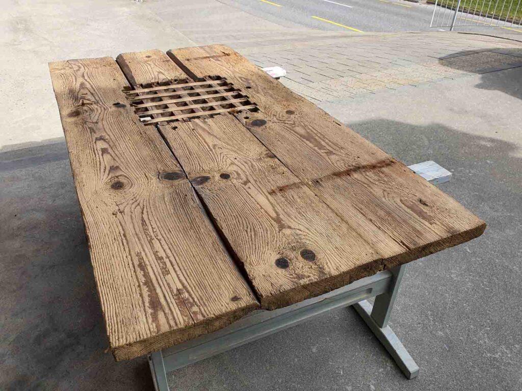 Wooddesign_Garderobe_Altholz_anthrazit_offene Garderobe_Edelstahl_modern_rustukal (2)