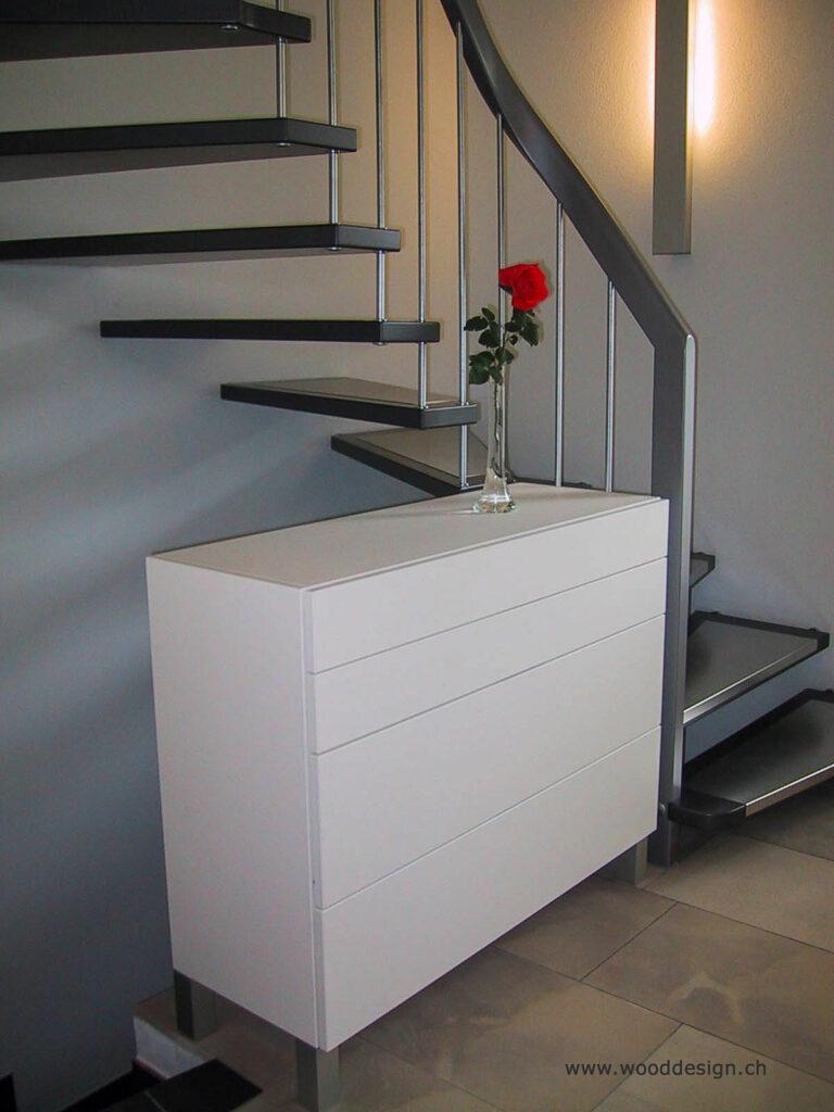 Wooddesign_Garderobe_Gästegarderobe_ausziehbarer Schuhschrank_ offene Garderobe (4)