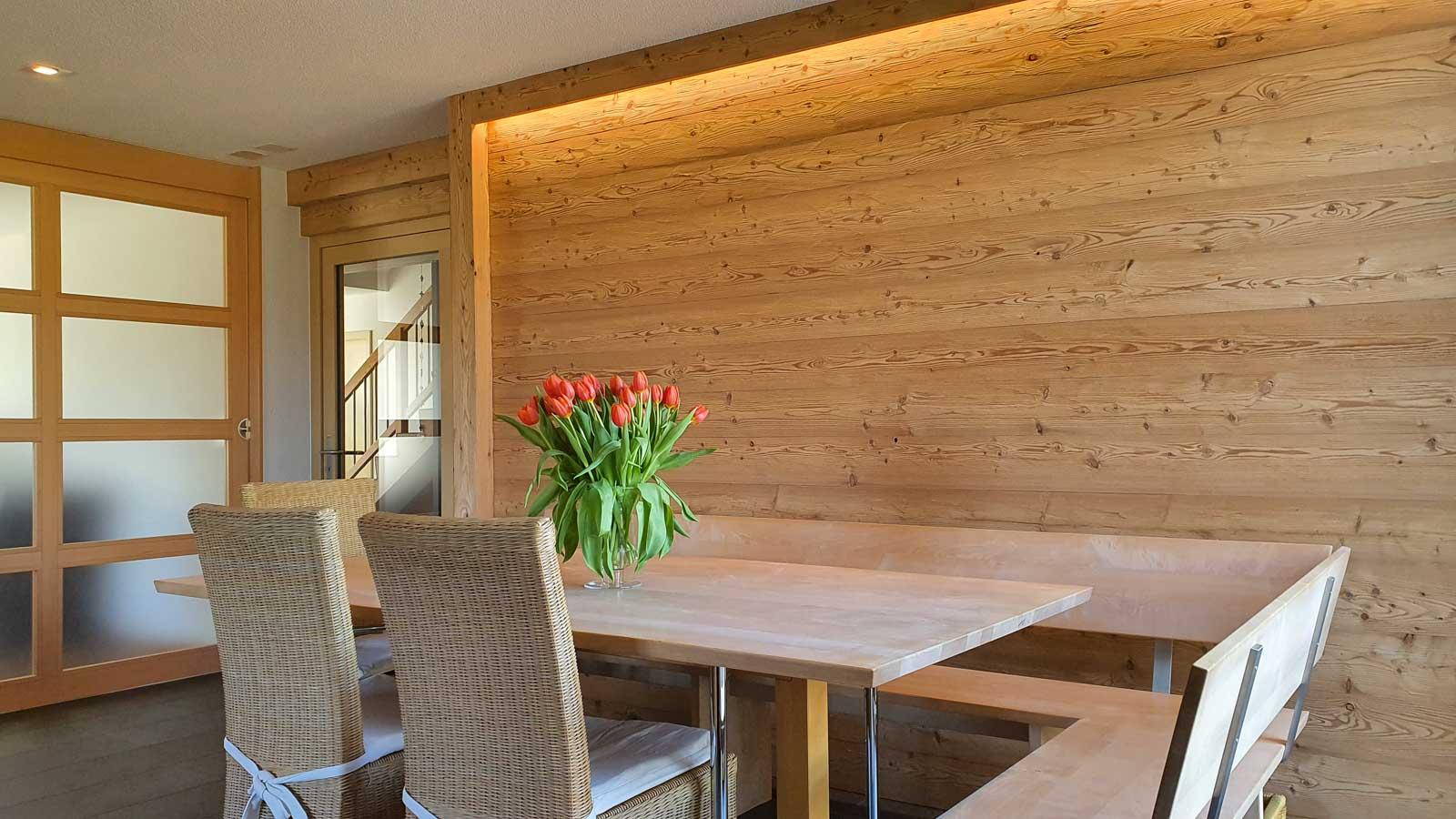 Wooddesign_Raumtrenner_Türen_Schiebetüren_Akustikverkleidungen_Altholz_Wandverkleidung_Glasfüllung_LED Beleuchtung (3)