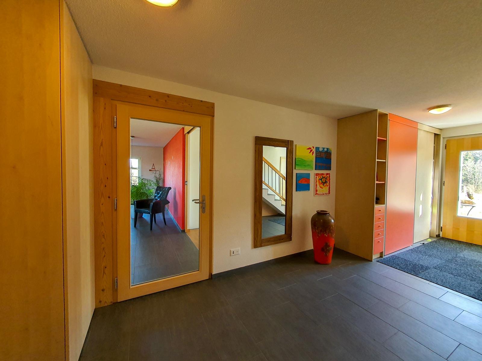 Wooddesign_Raumtrenner_Türen_Schiebetüren_Akustikverkleidungen_Altholz_Wandverkleidung_Glasfüllung_LED Beleuchtung (5)