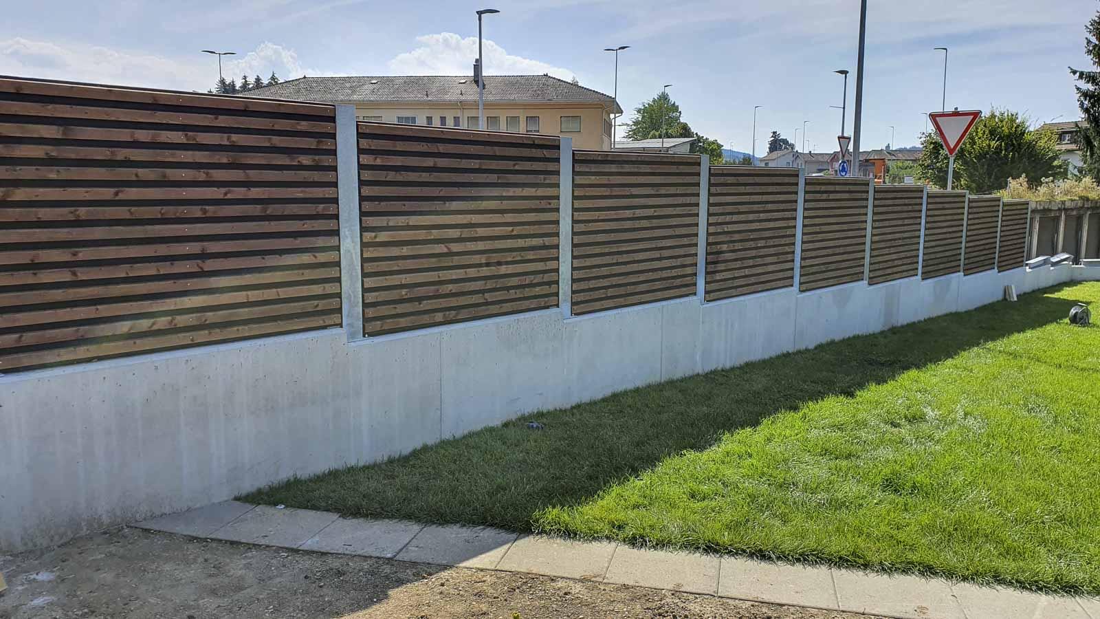 Wooddesign_Terrassengestaltung_Sichtschutz_Schallschutz_Schallschutzwand_druckimprägniert braun (6)