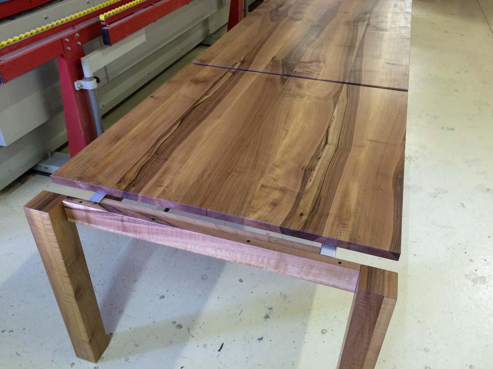 Wooddesign_Tisch ausziehbar_ Ausziehtisch_Tischverlängerung_Nussbaum massiv1 (4)