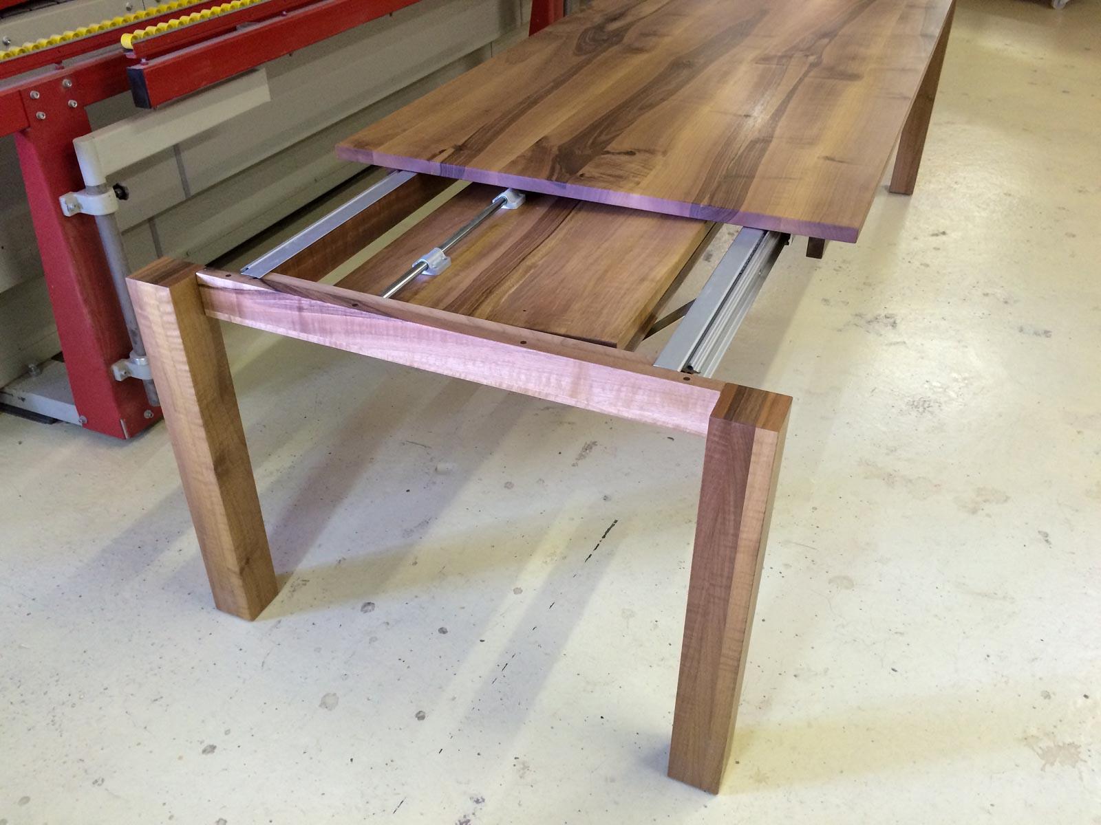 Wooddesign_Tisch ausziehbar_ Ausziehtisch_Tischverlängerung_Nussbaum massiv1 (7)
