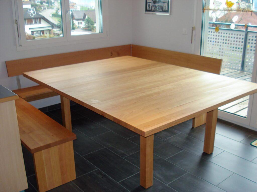 Wooddesign_Tisch_ Eckbank_quatratisch_ Kirschbaum massiv_ modern(1)