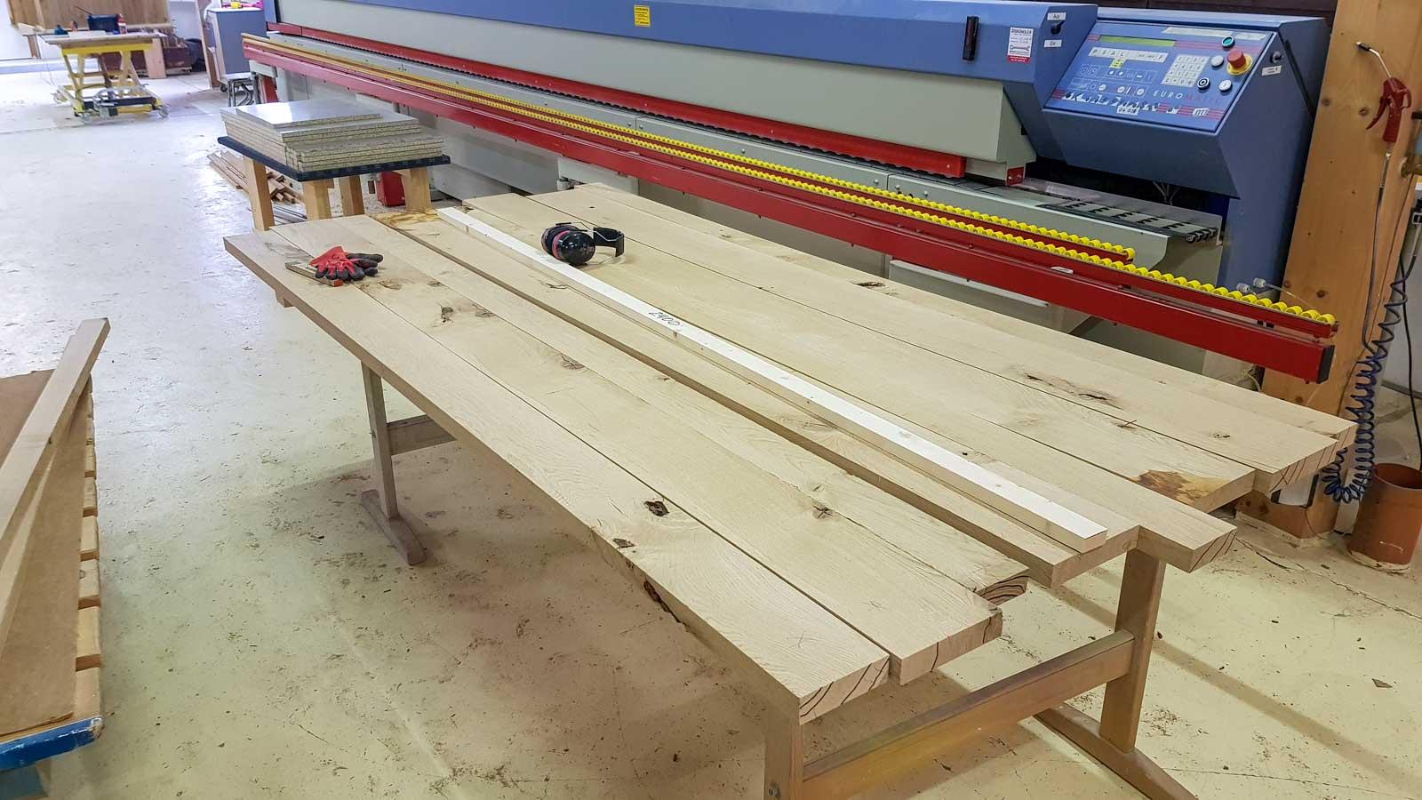 Wooddesign_Tisch_ Herstellung_Schwarzstahl_Tischgestell_Schreinerei Möbelwerkstatt (4)