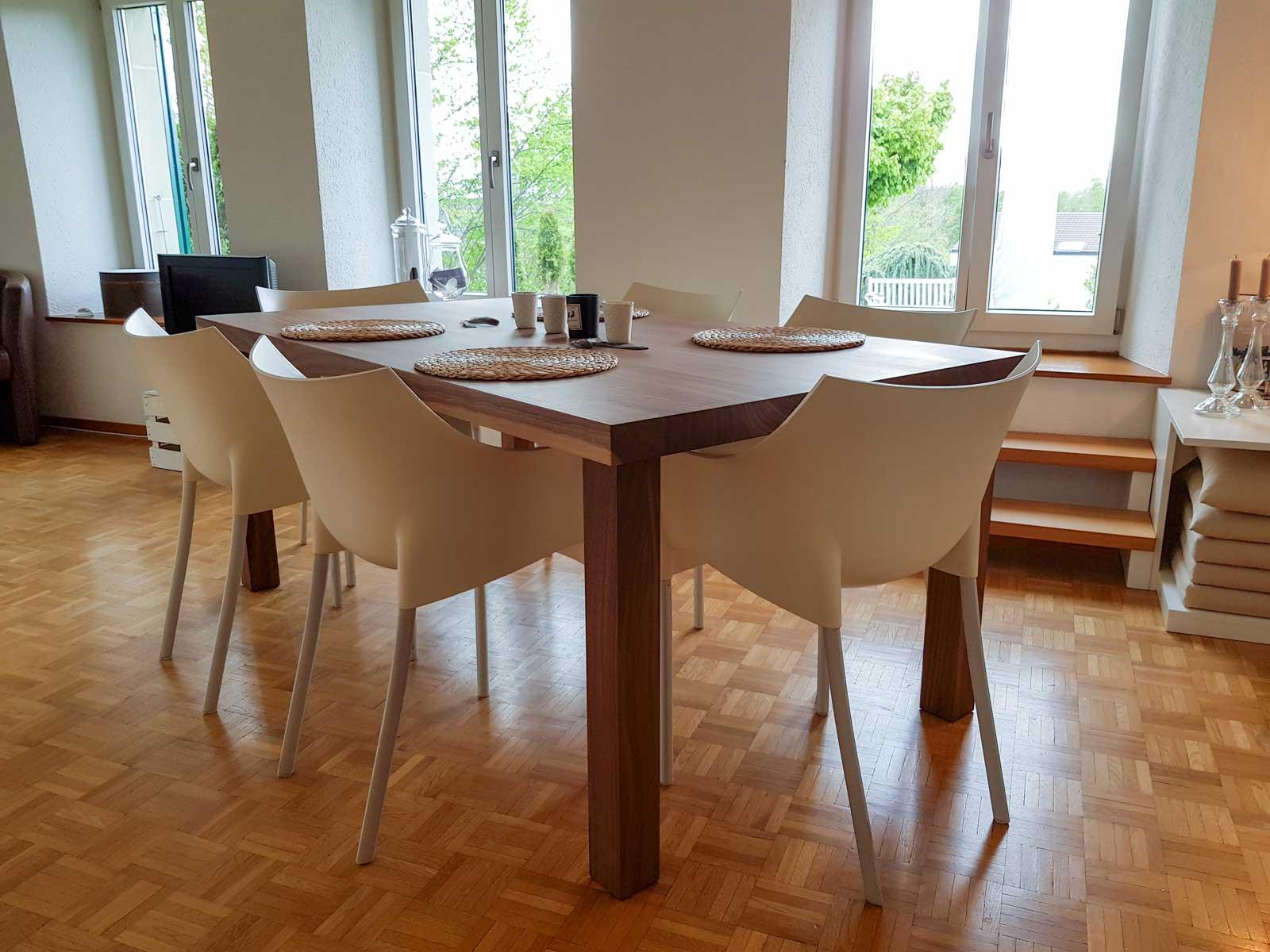 Wooddesign_Tisch_ rechteckig_Nussbaum massiv_Tischbeine aussen (2)