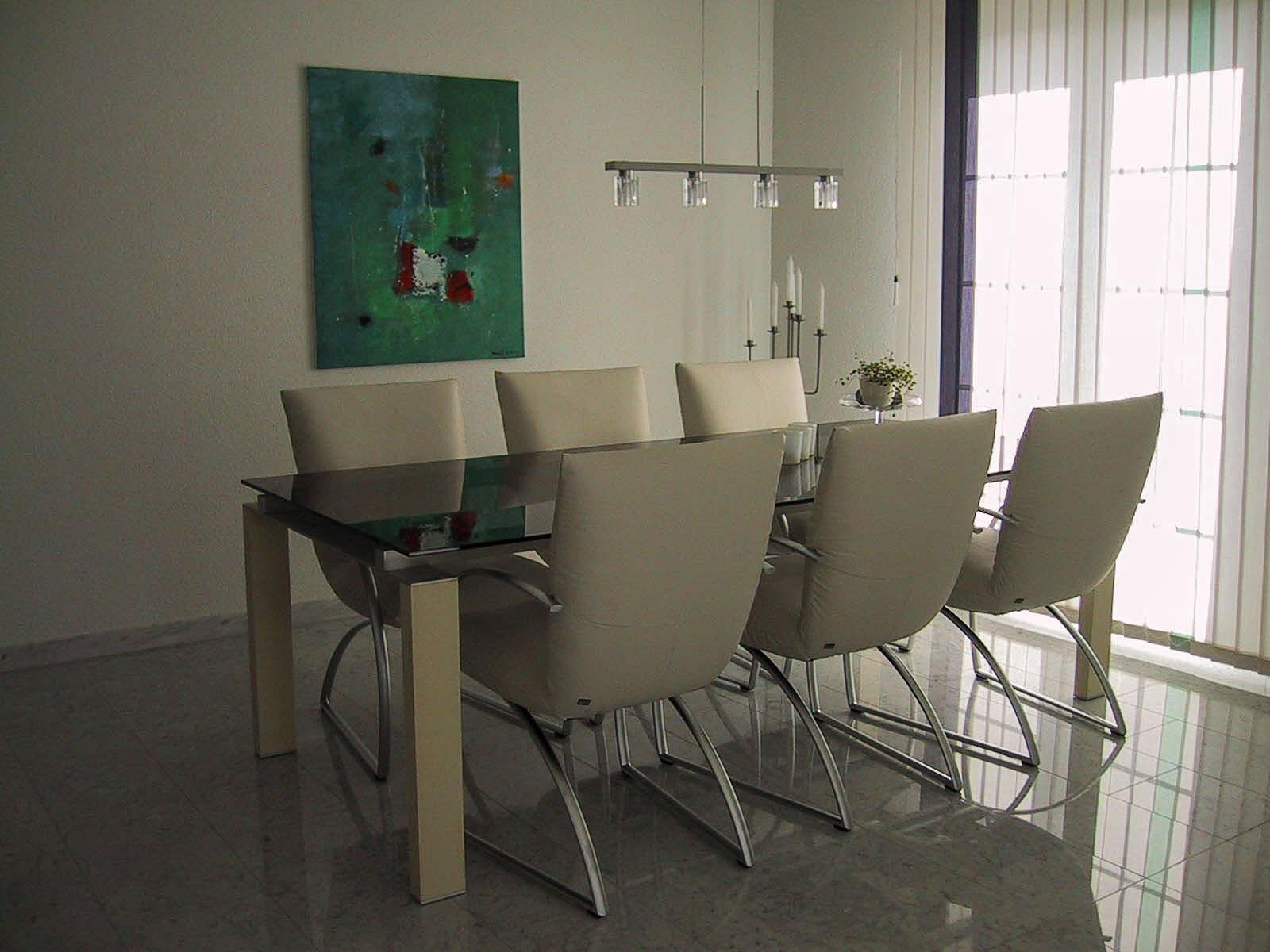 Wooddesign_Tisch_Glastisch_Glasabdeckung_Alugestell_Holz