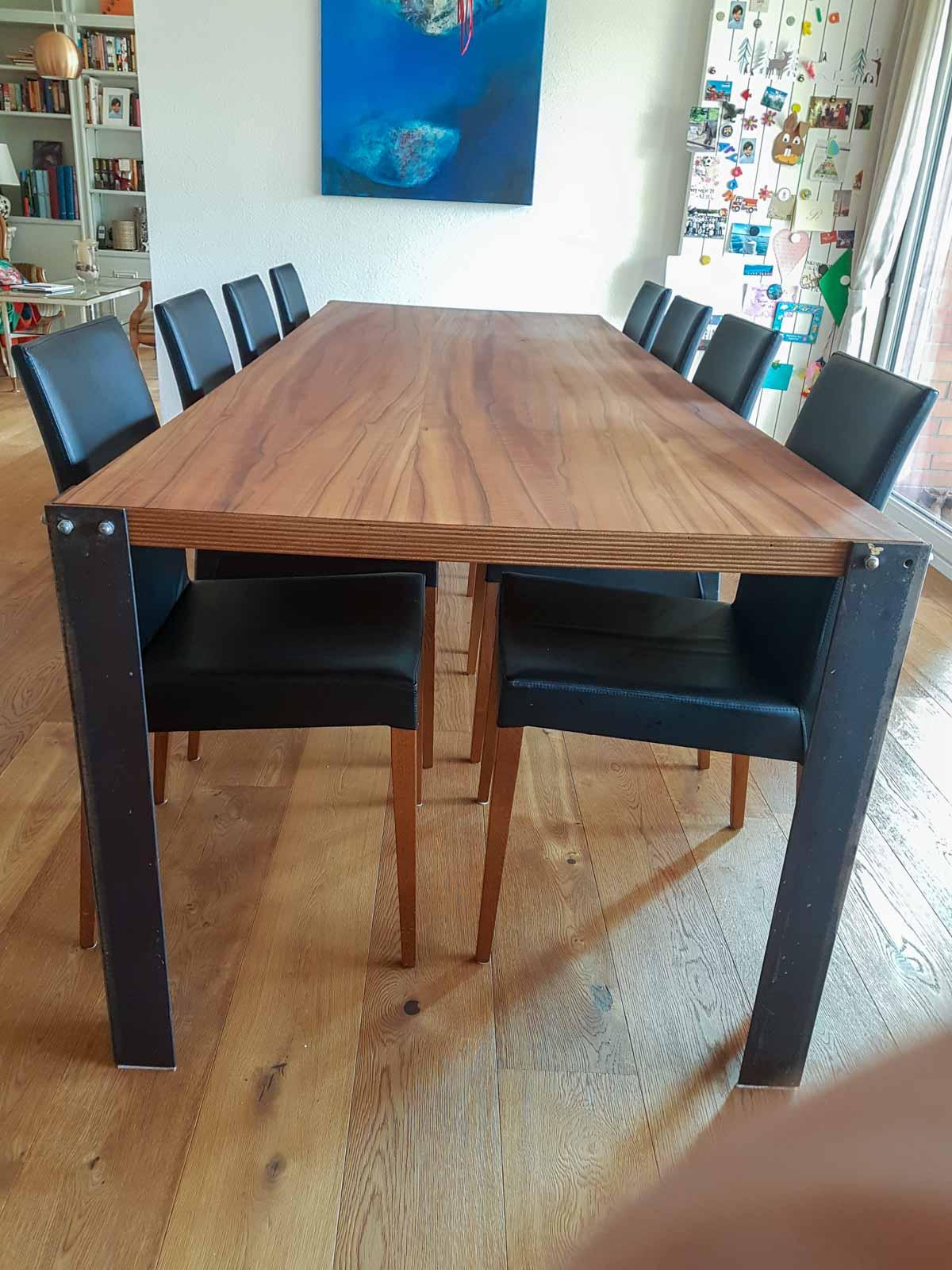 Wooddesign_Tisch_Schwarzstahl_Indischer Apfelbaum (2)