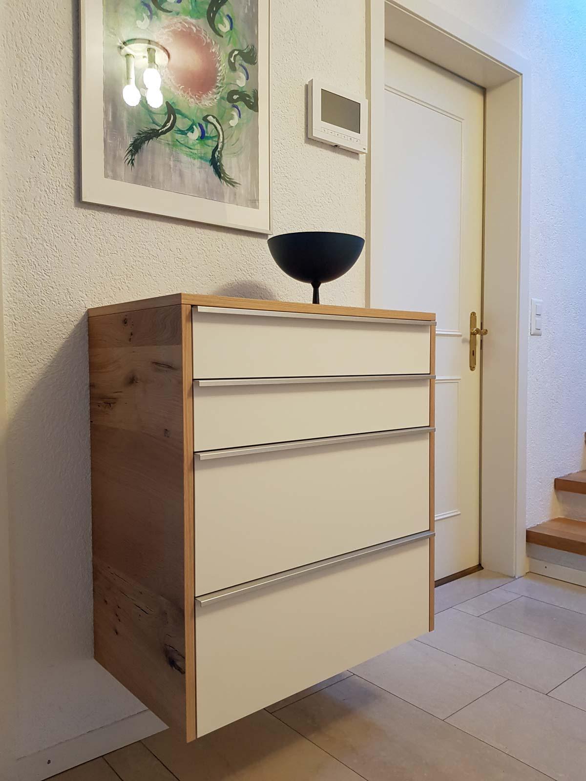 Wooddesign_Wohnzimmermöbel_Fernsehmöbel_ LED-Beleuchtung_Griffleisten_Eiche_Weissjpg (2)