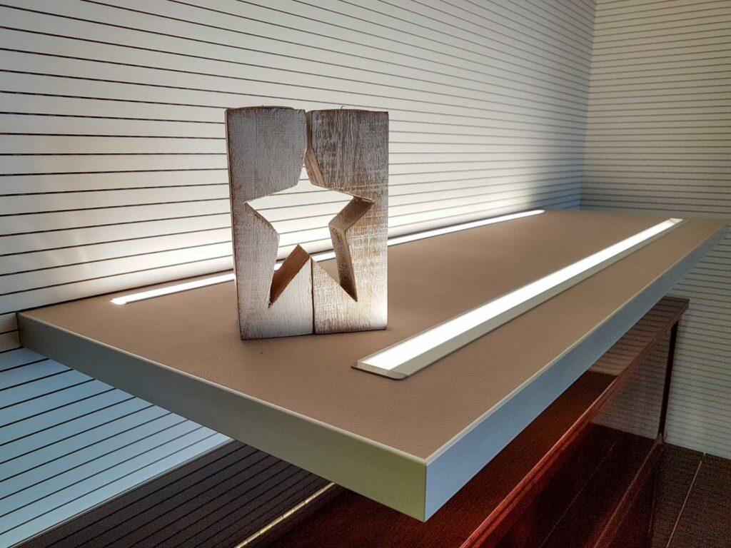 Wooddesign_Wohnzimmermöbel_grün weiss_Schallabsorption_Schalldämmung_Garderobe (4)
