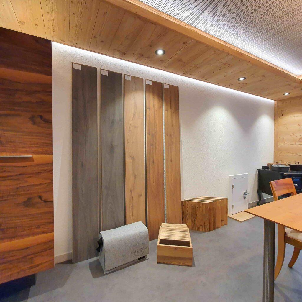Ausstellung_ Wooddesign_Küchen_Möbel_ Schreinerei_Möbelwerkstatt_Tischlerei_Möbelschreinerei01 (14)