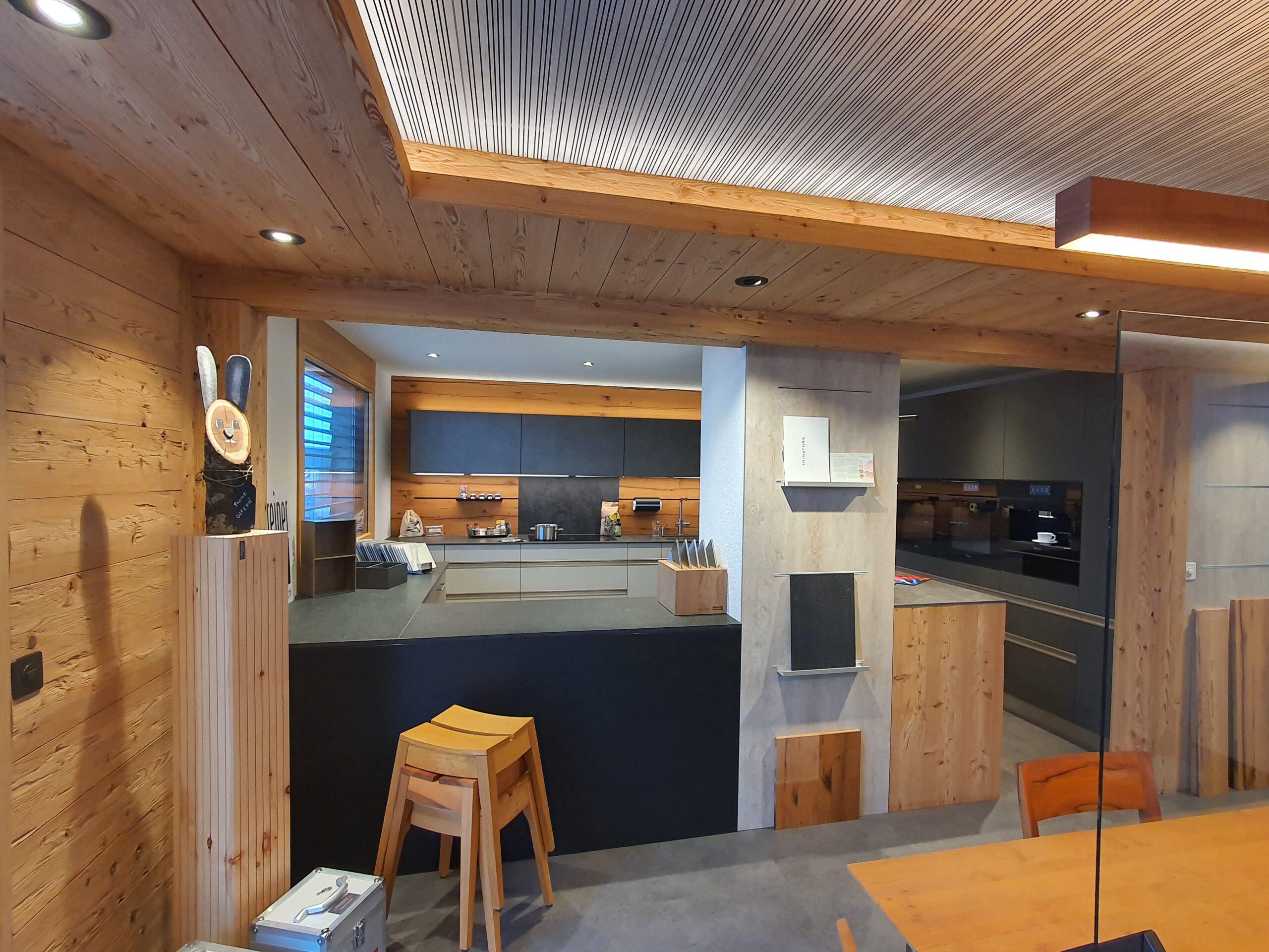 Wooddesign_Holzleuchten_LED-Beleuchtung_Licht_Indirekte Beleuchtung_Direkte Beleuchtung_Holzdesign (36)-min