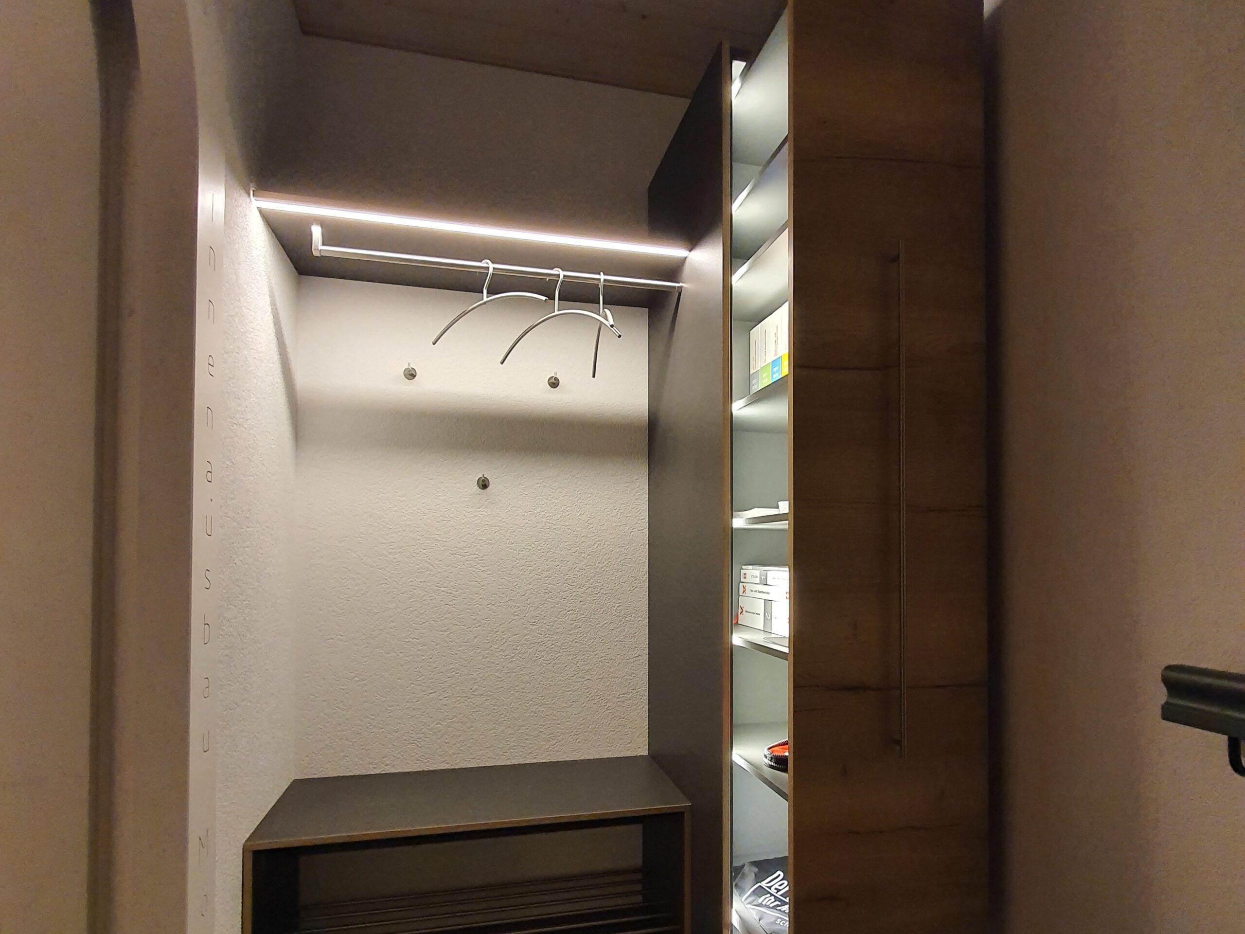 Wooddesign_Holzleuchten_LED-Beleuchtung_Licht_Indirekte Beleuchtung_Direkte Beleuchtung_Holzdesign (38)-min