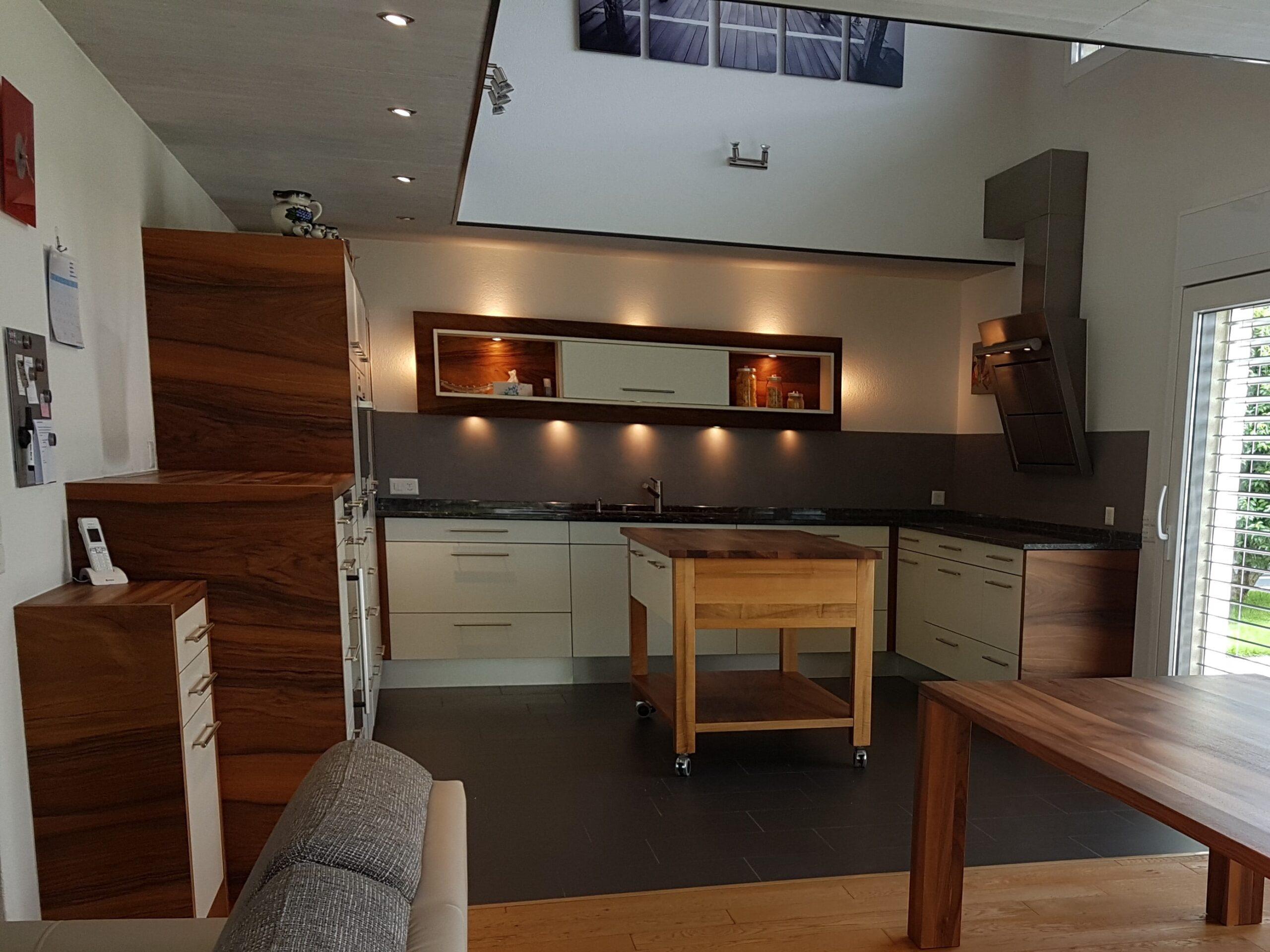 Wooddesign_Holzleuchten_LED-Beleuchtung_Licht_Indirekte Beleuchtung_Direkte Beleuchtung_Holzdesign (41)-min