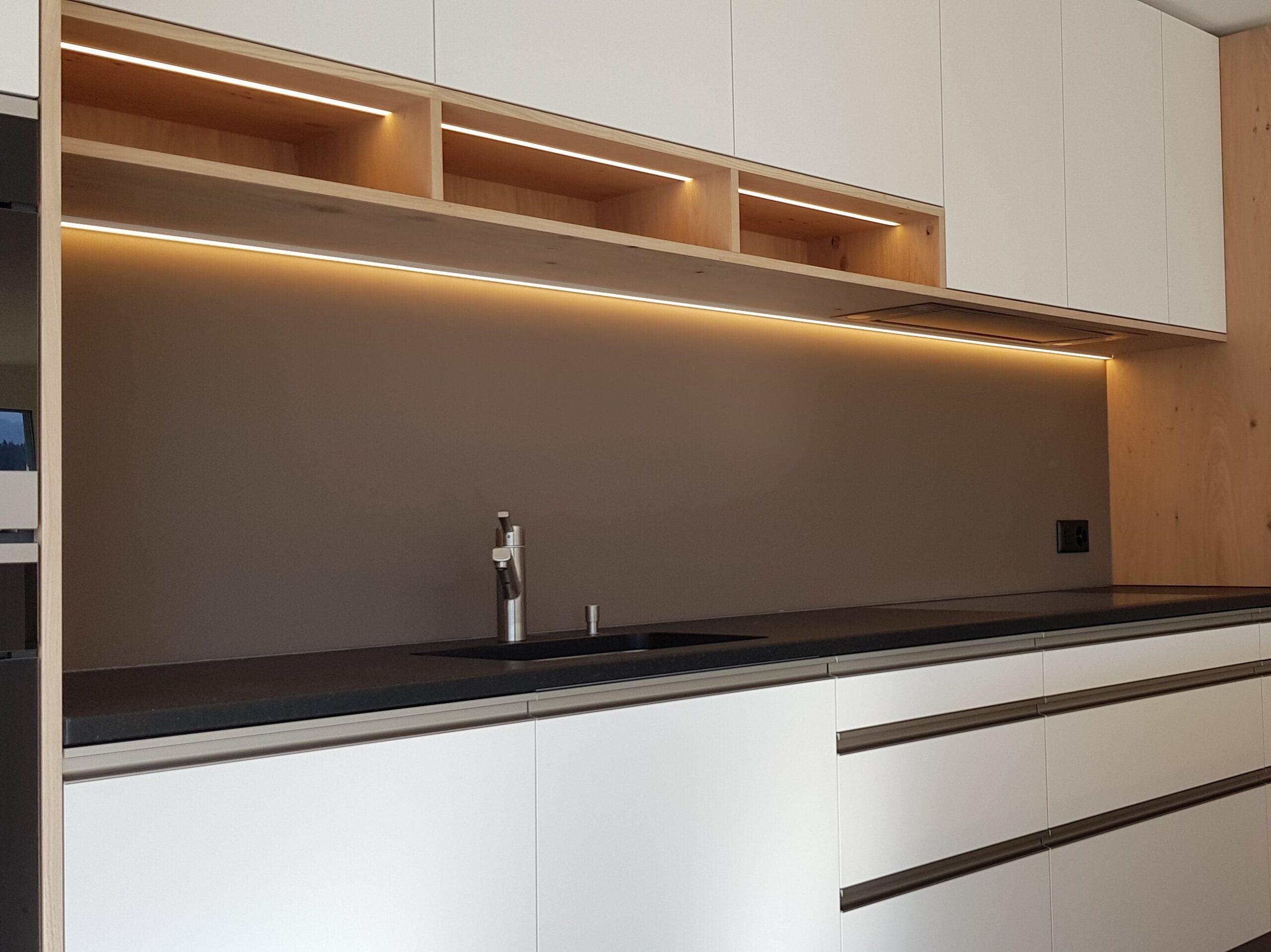 Wooddesign_Holzleuchten_LED-Beleuchtung_Licht_Indirekte Beleuchtung_Direkte Beleuchtung_Holzdesign (43)-min