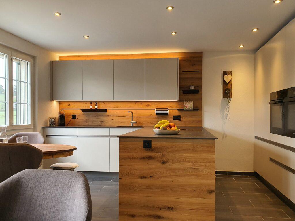 Wooddesign_Realisierte Projekte Holzleuchten und Lichtgestaltung (3)-min