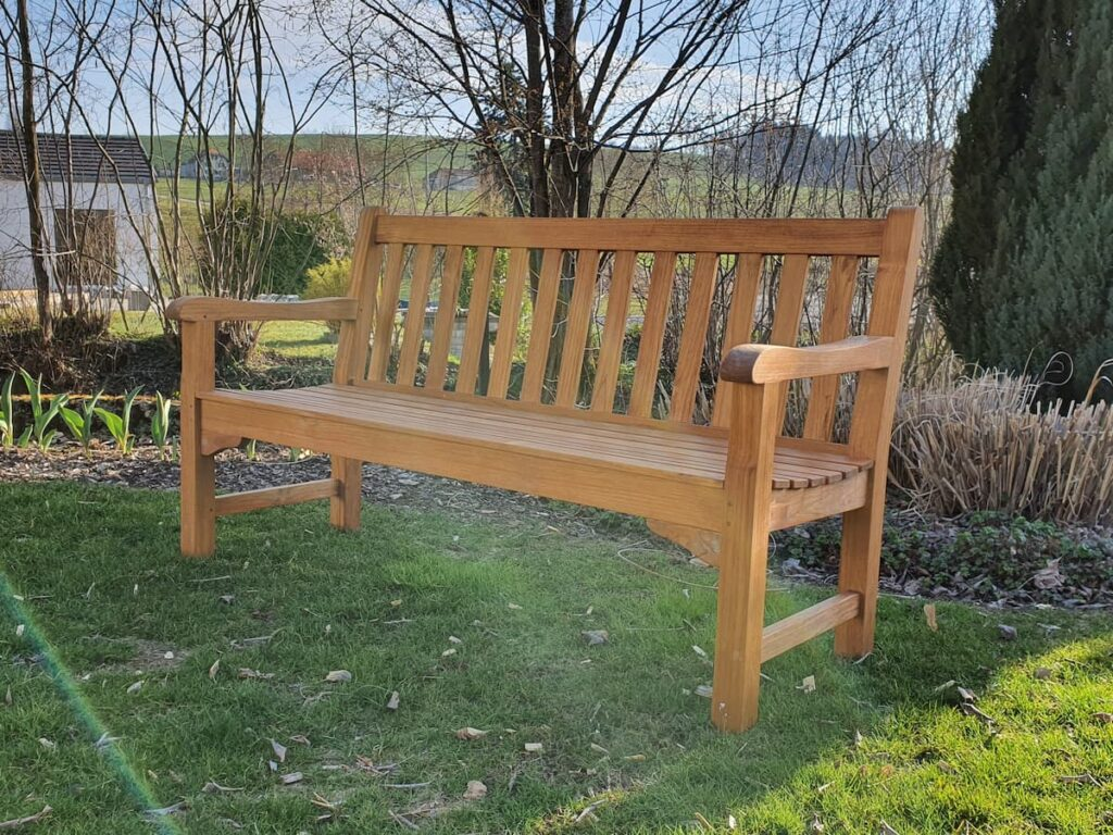 Wooddesign_Terrassengestaltung_Gartenbank_natur (3)
