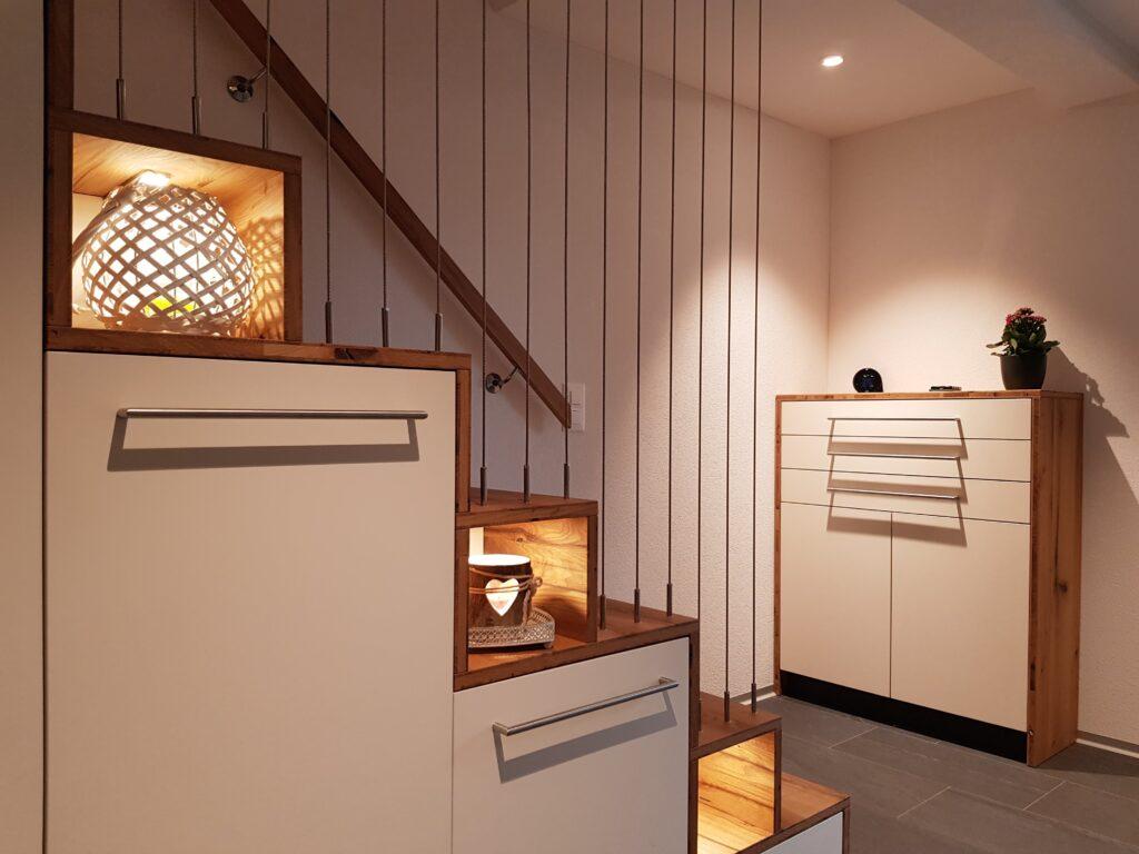 Wooddesign_Treppen_Teppengeländer_Holztreppen_Treppenverkleidung_Treppenmöbel (1)-min