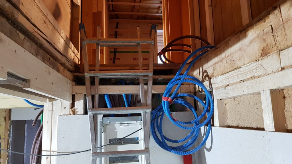 Wooddesign_Treppen_Teppengeländer_Holztreppen_Treppenverkleidung_Treppenmöbel (12)-min
