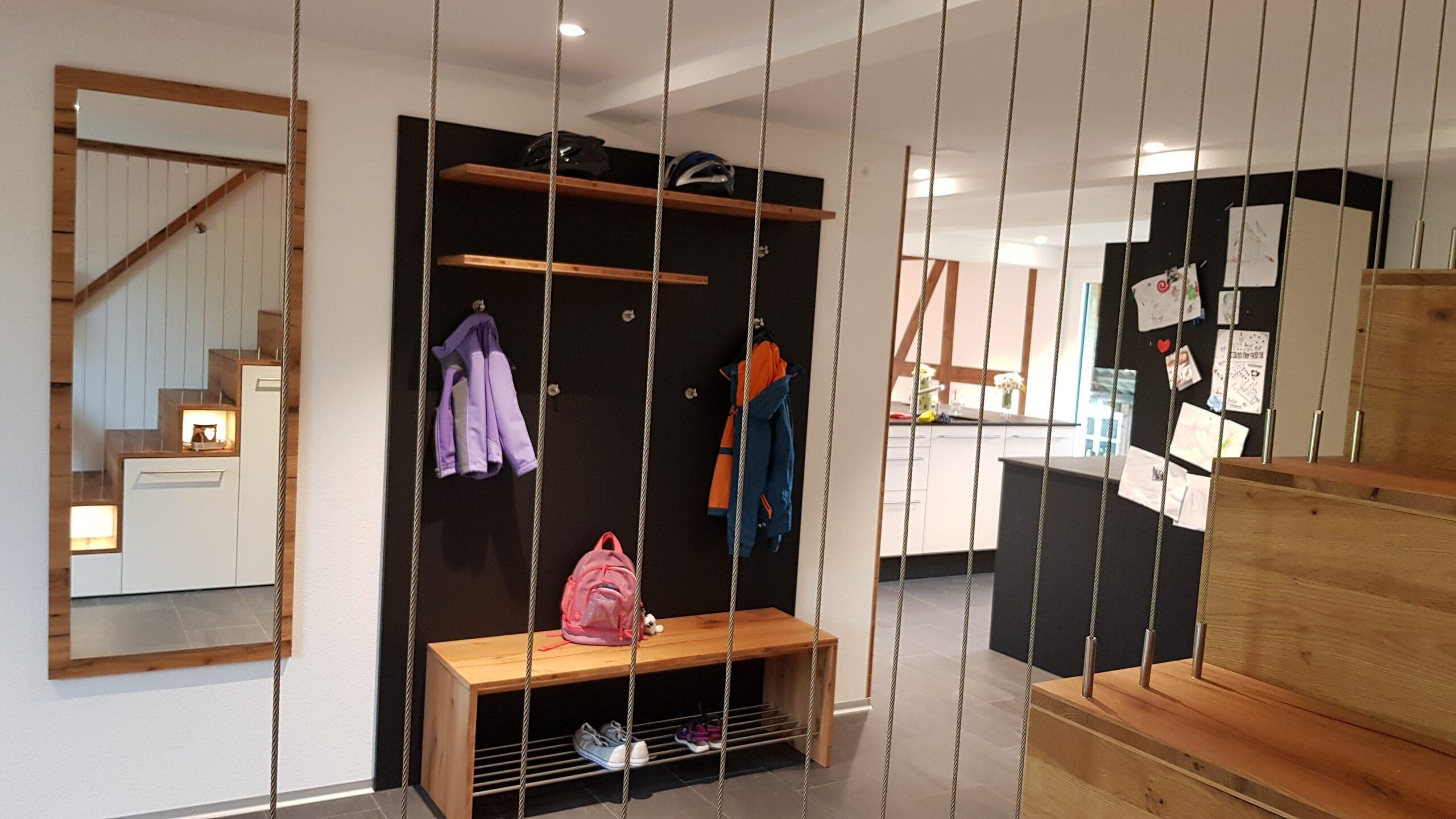 Wooddesign_Treppen_Teppengeländer_Holztreppen_Treppenverkleidung_Treppenmöbel (2)-min