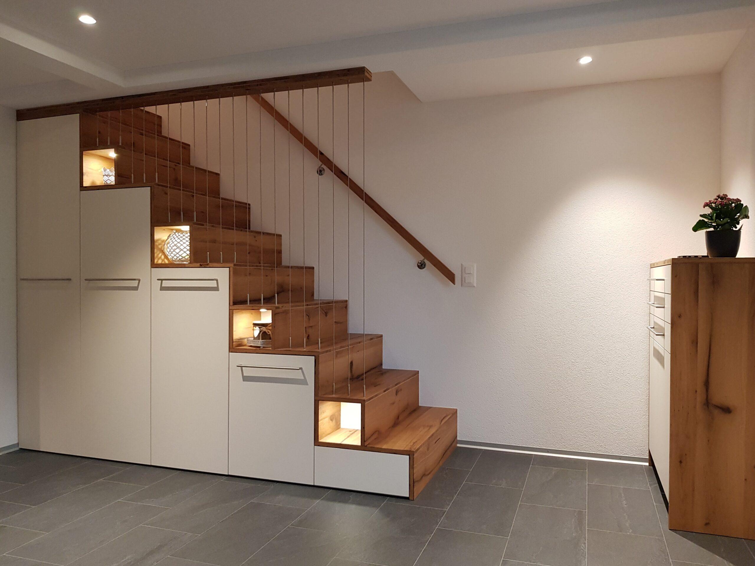Wooddesign_Treppen_Teppengeländer_Holztreppen_Treppenverkleidung_Treppenmöbel (9)-min