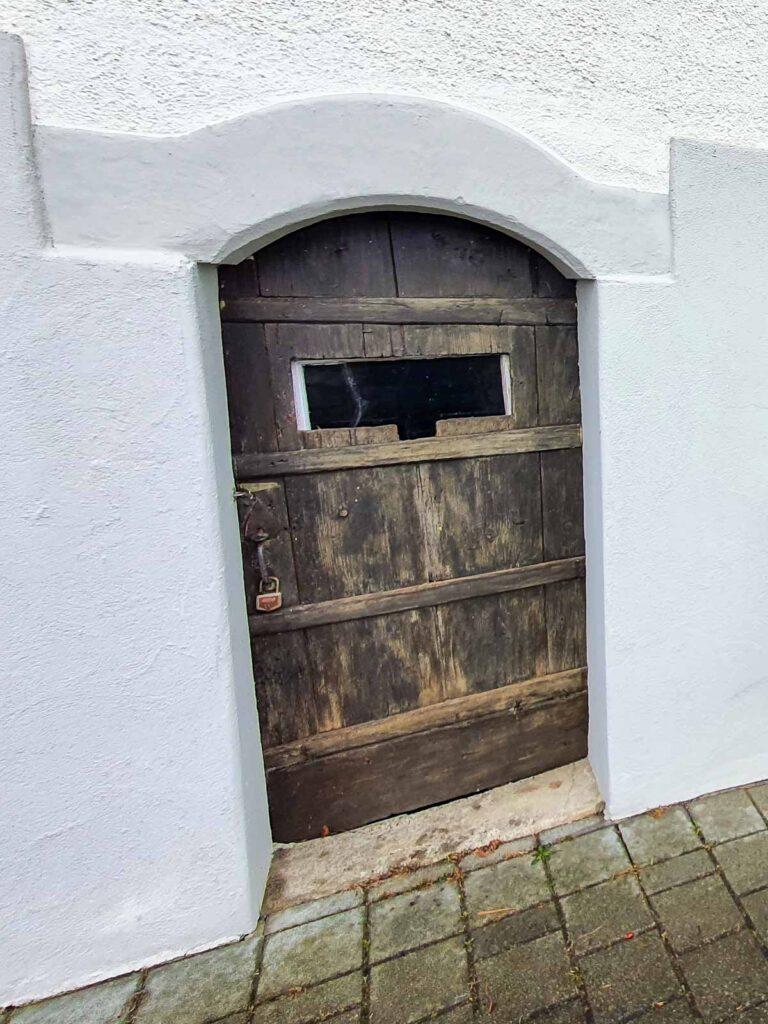 Wooddesign_Holzdesign_Altholz_restaurieren_Altholz gebürstet_Türen (2)