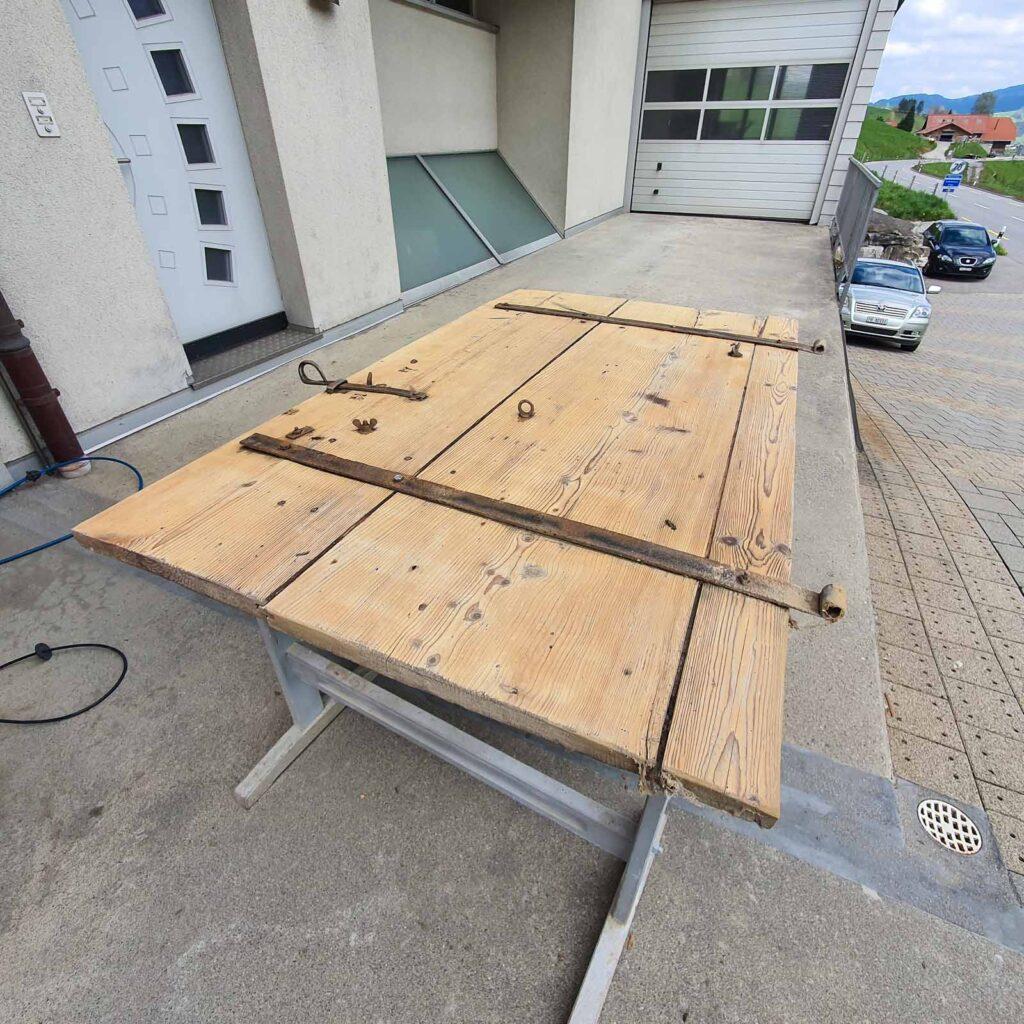Wooddesign_Holzdesign_Altholz_restaurieren_Altholz gebürstet_Türen (4)