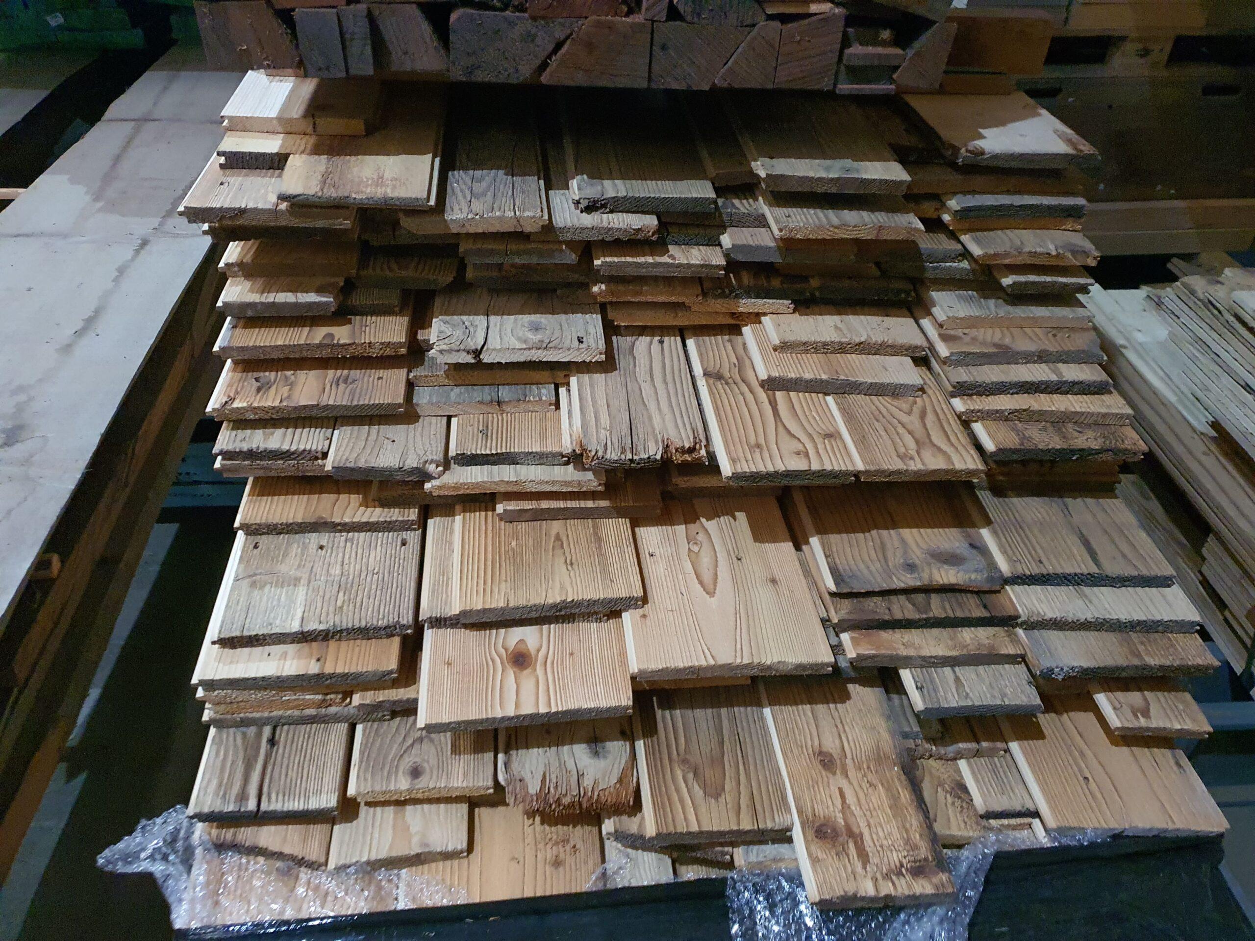 Wooddesign_Holzdesign_Altholzplatten_ Altholz_Eiche Altholz_Altholztäfer_alte Beschläge_Altholzkleidungen(2)