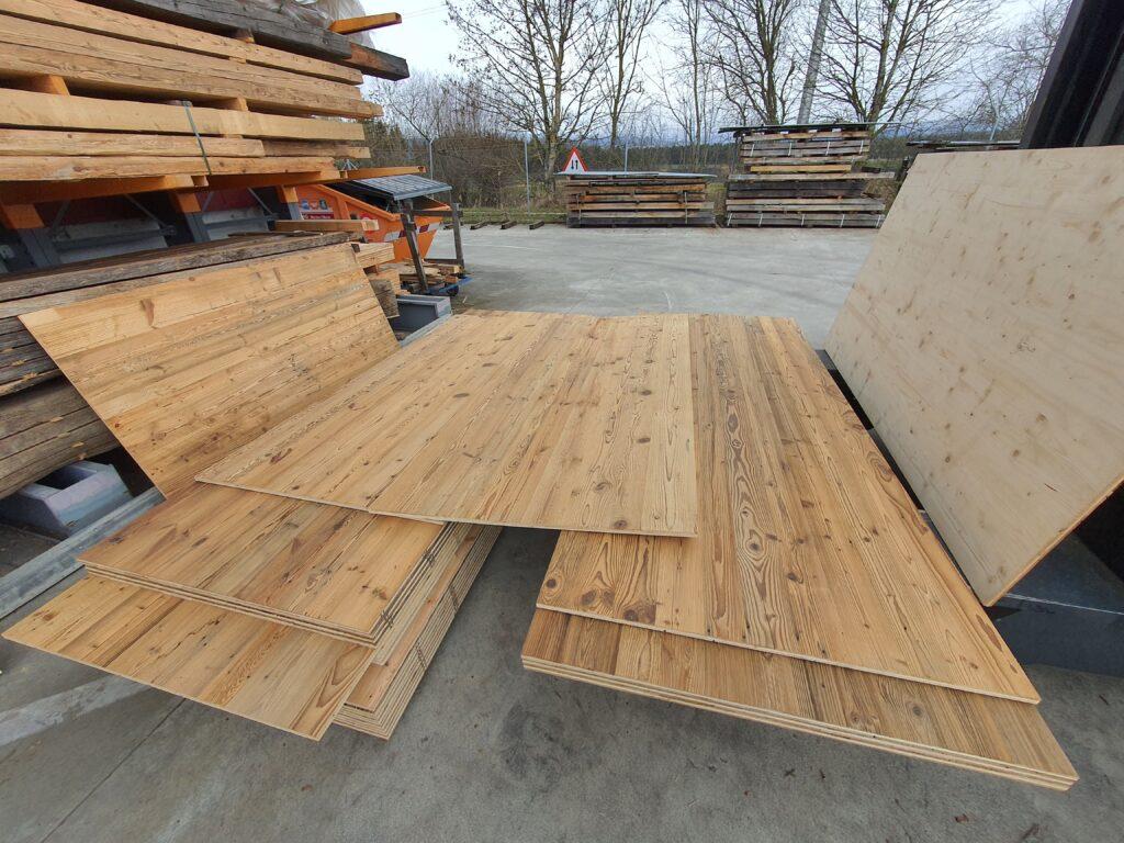 Wooddesign_Holzdesign_Altholzplatten_ Altholz_Eiche Altholz_Altholztäfer_alte Beschläge_Altholzkleidungen(3)