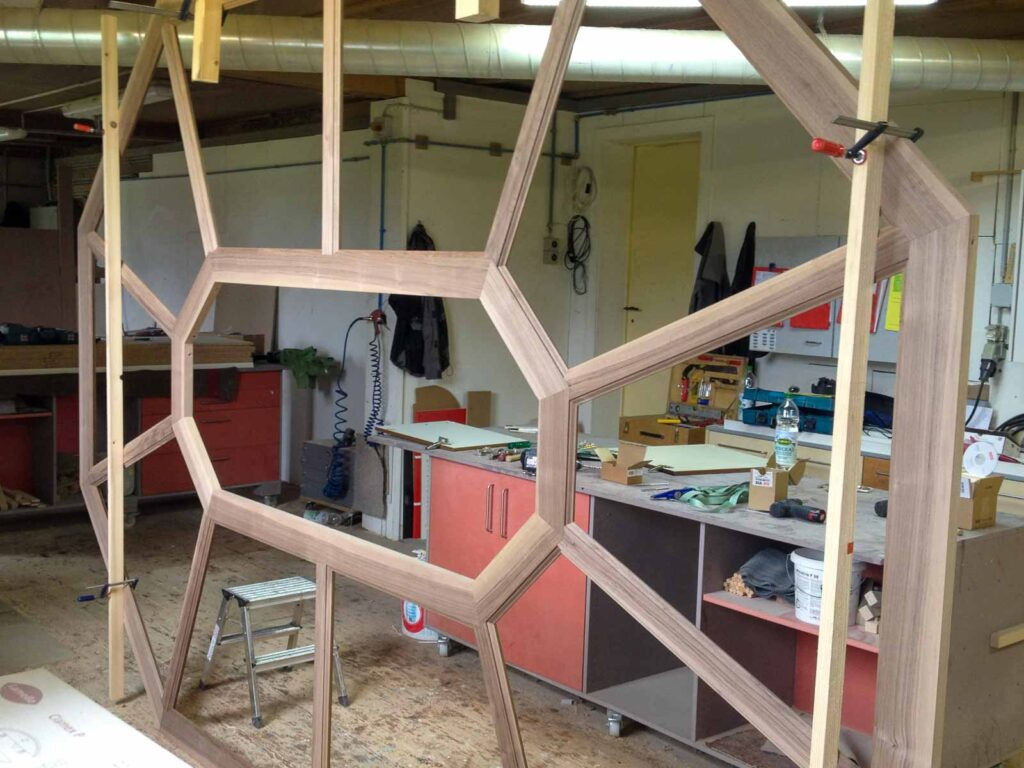 Wooddesign_Holzdesign_Decke_Massivholdecke_Holzfüllungen-LED-Beleuchtung (10)
