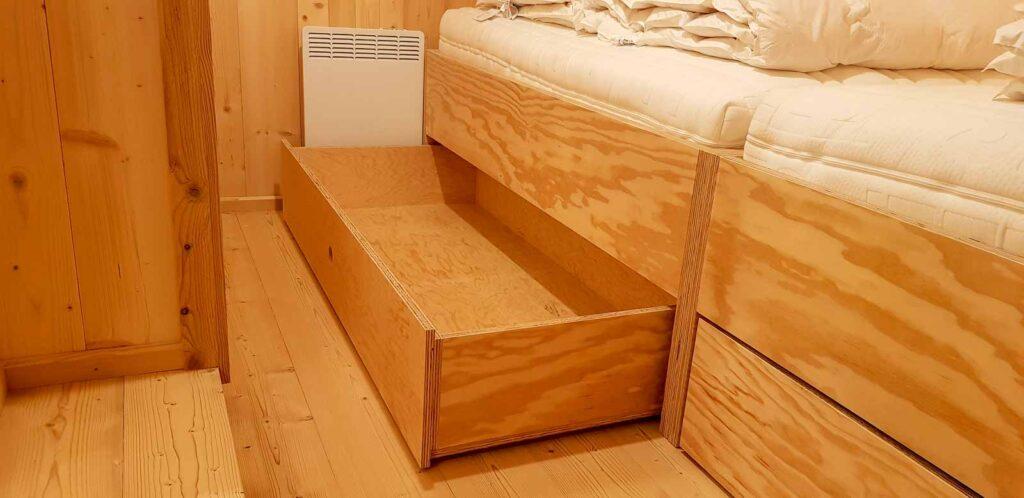 Wooddesign_Holzdesign_Innenausbau Ferienhaus_Altholz_Ferienwohnung_Ferienchalet_Schwarzsee_ Umbau (23)