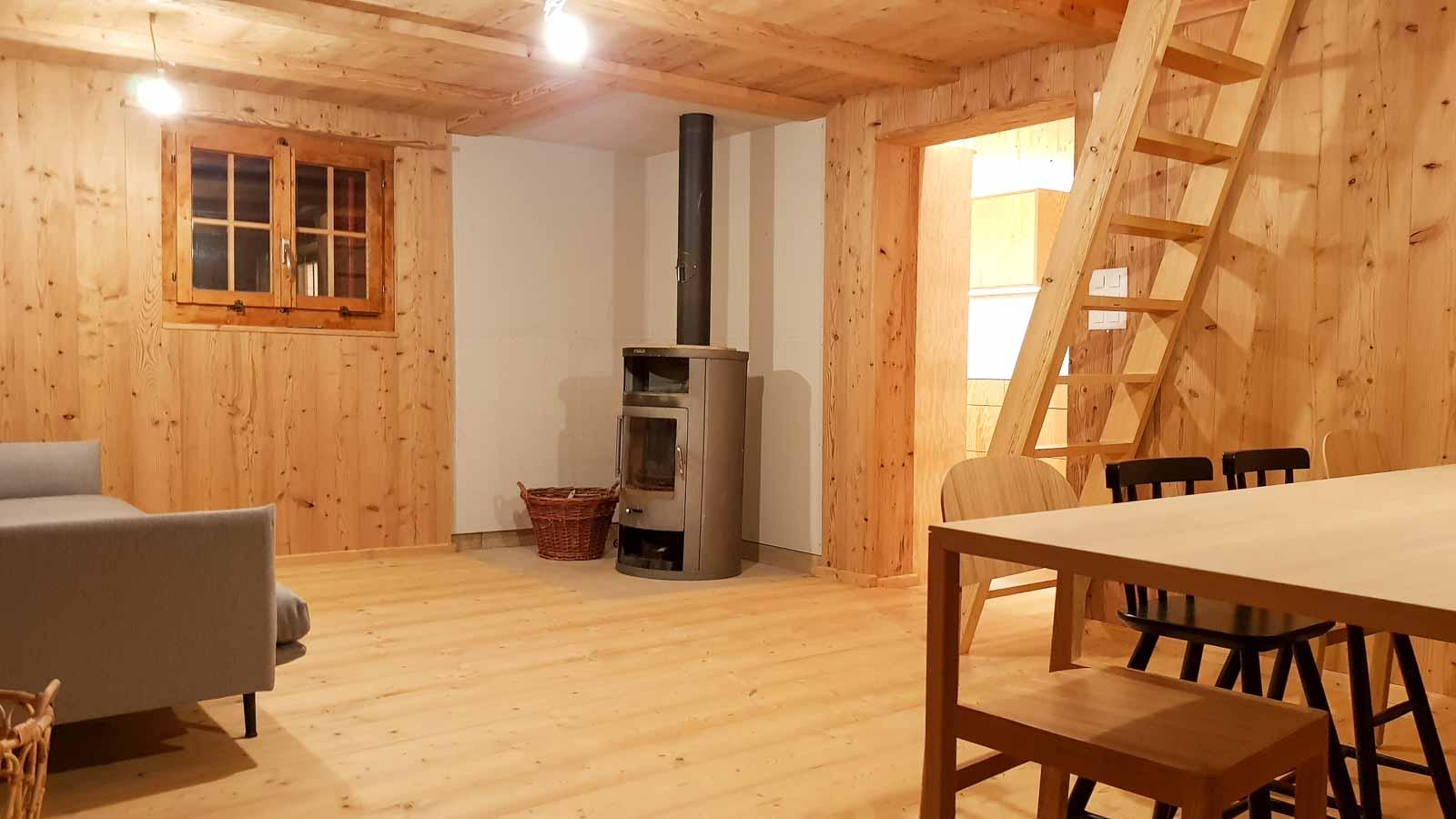 Wooddesign_Holzdesign_Innenausbau Ferienhaus_Altholz_Ferienwohnung_Ferienchalet_Schwarzsee_ Umbau (5)