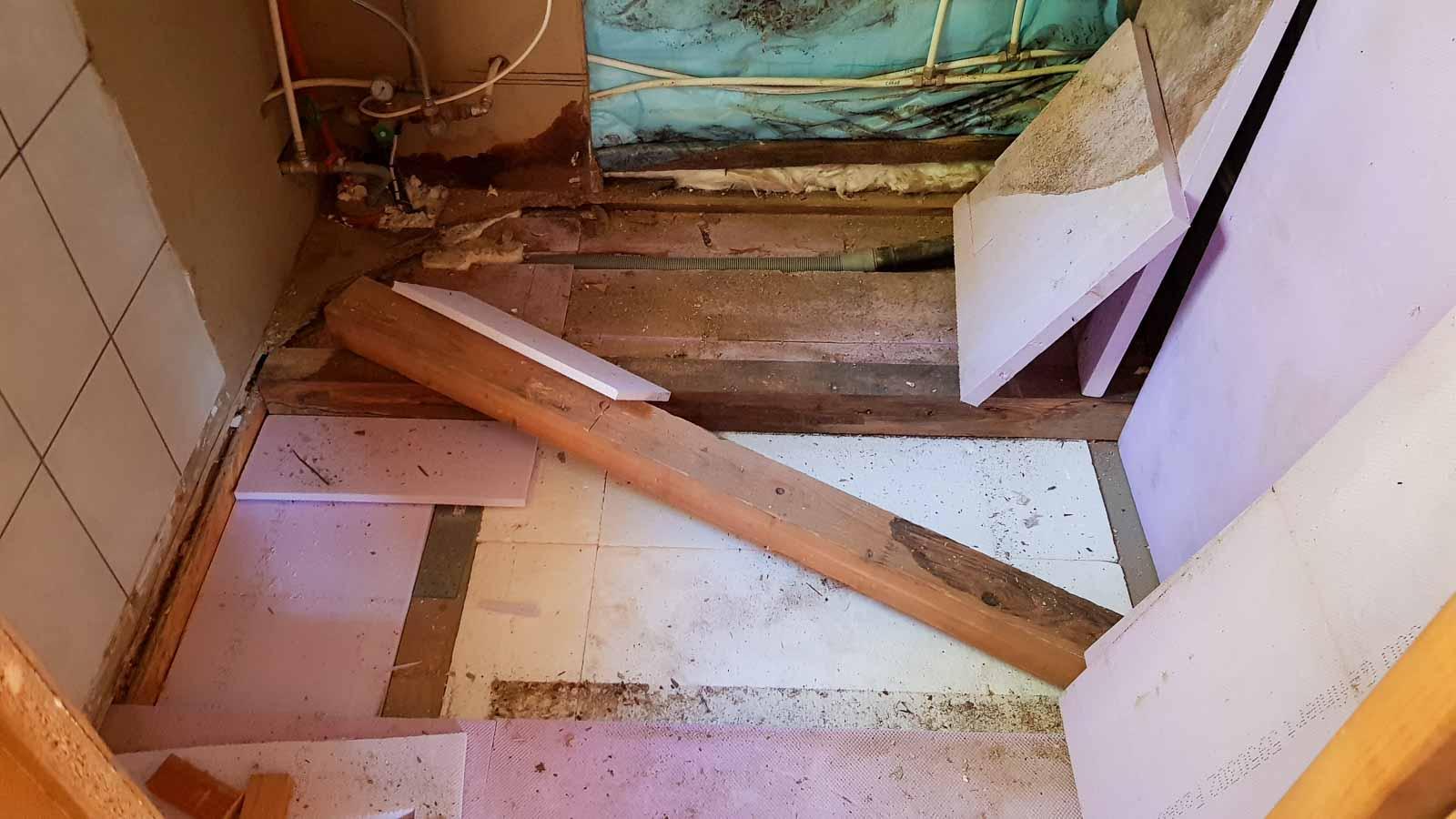 Wooddesign_Holzdesign_Innenausbau Ferienhaus_Altholz_Ferienwohnung_Ferienchalet_Schwarzsee_ Umbau (7)