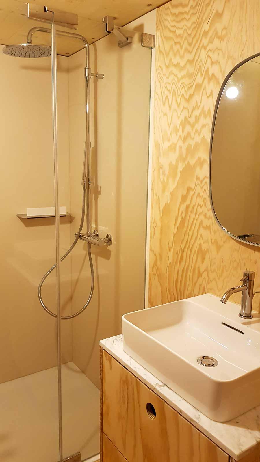 Wooddesign_Holzdesign_Innenausbau Ferienhaus_Altholz_Ferienwohnung_Ferienchalet_Schwarzsee_ Umbau (8)