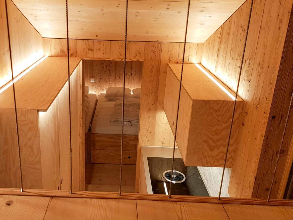 Wooddesign_Holzdesign_Realisierte Projekte Innenausbau (1)