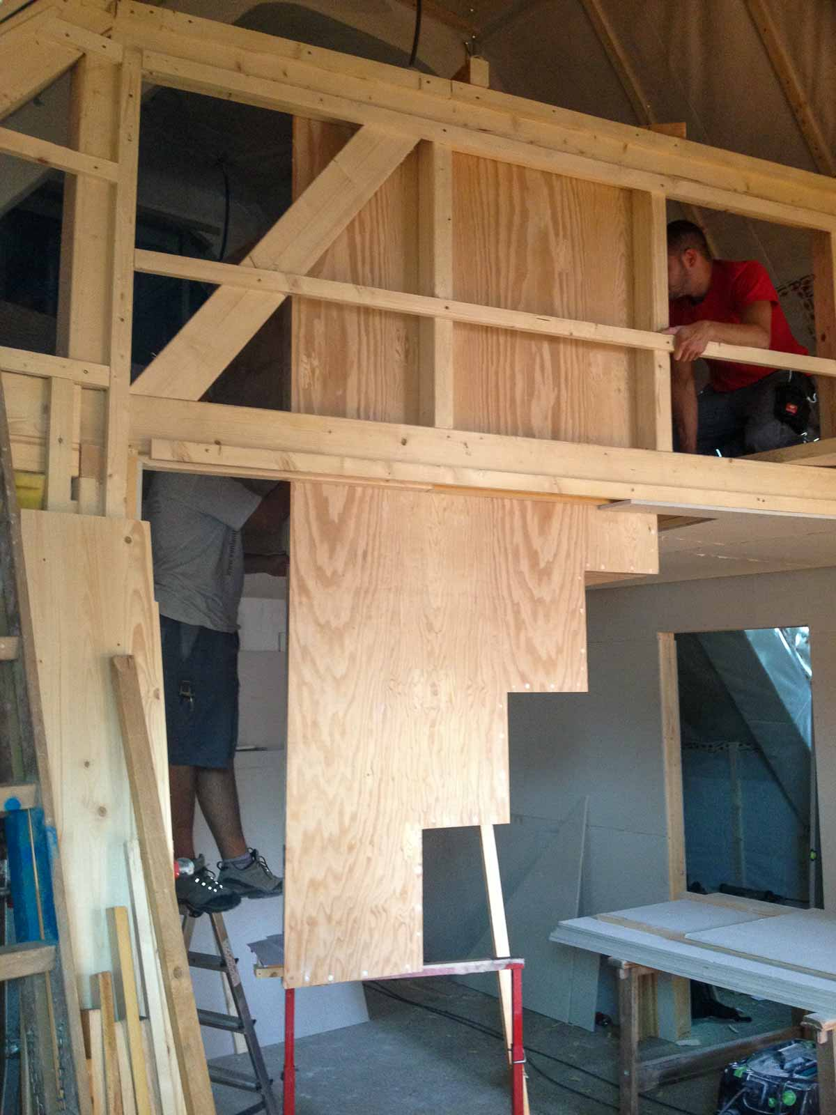 Wooddesign_Holzdesign_Treppe_Holztreppe_schwebend_2-teilig_atelierducret_freiburg(7)